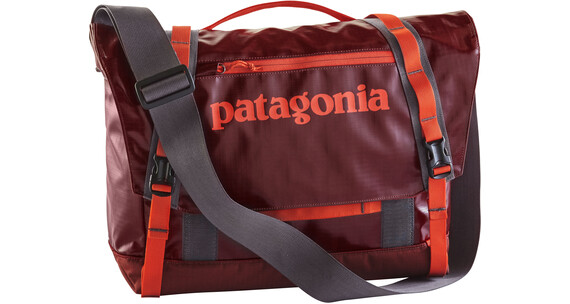 Patagonia Black Hole Mini Messenger Shoulder Bag 12 L Cinder Red